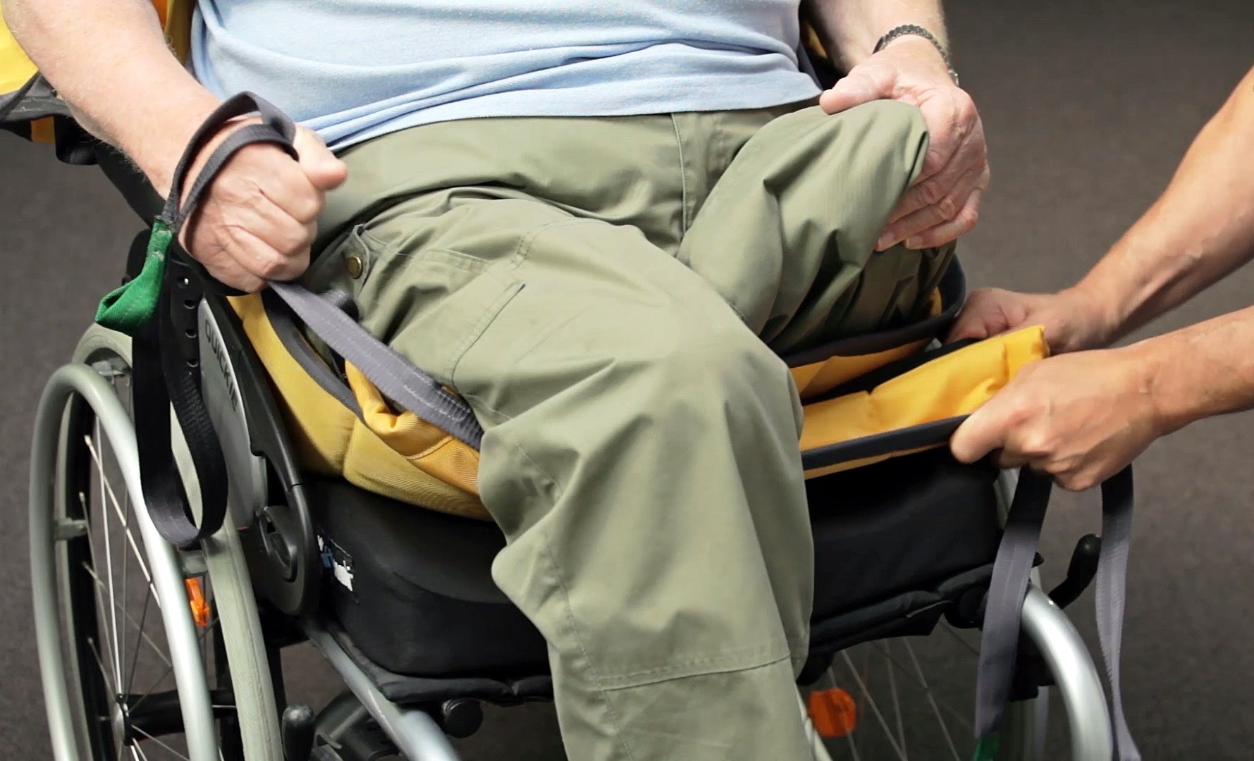 Custom Amputee - Sling on-off in wheelchair