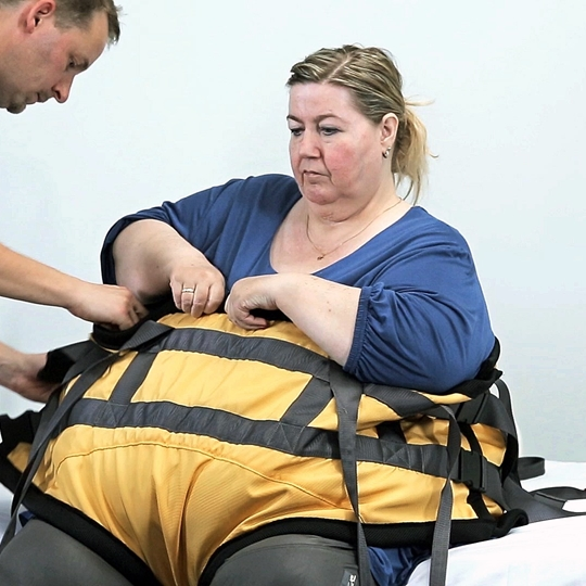 Gait Trainer Bariatric sling instruction - Apply sling / remove sling