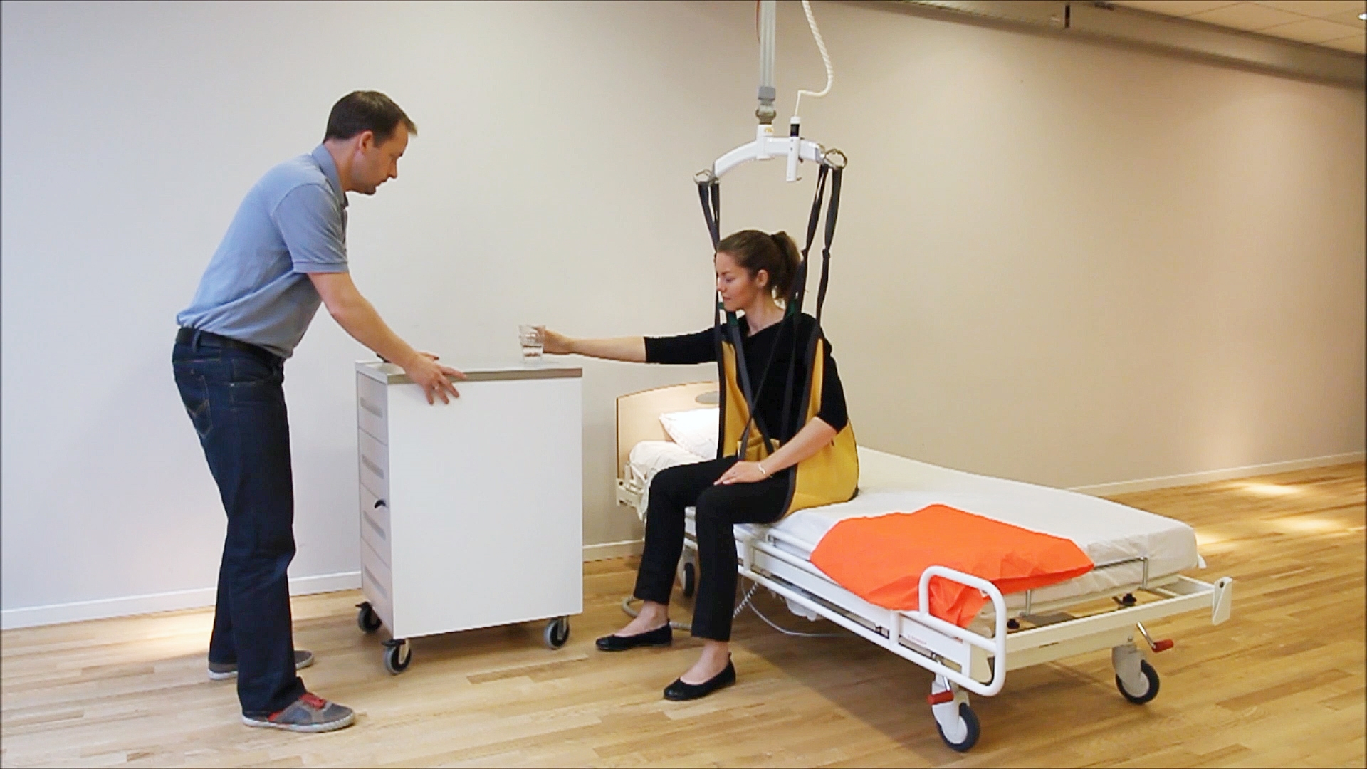 Rehabilitation exercise - Balance on bed