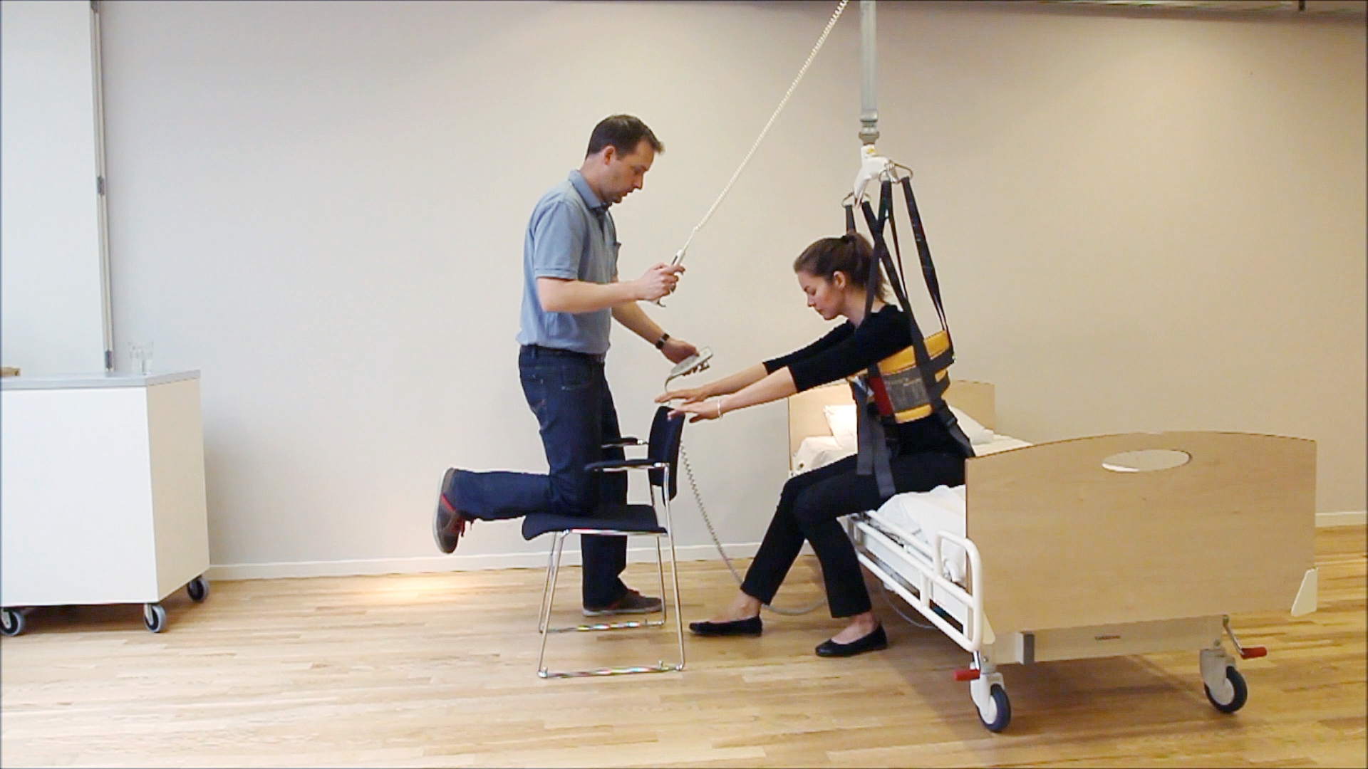 Rehabilitation and mobilization exercises - Sit to stand
