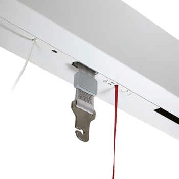Discreet ceiling lift allowing extra lifting height